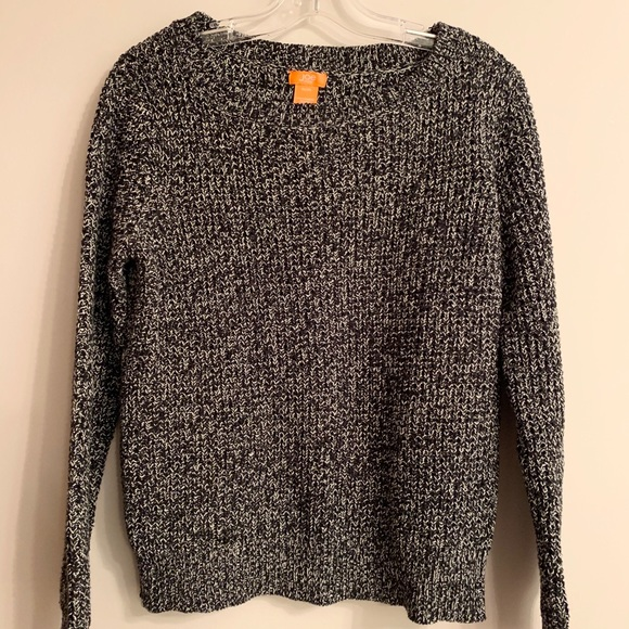 Super cute and cozy knit sweater